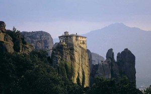 meteora kloster auf dem felsen